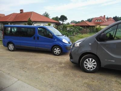 dwa-samochody-busy